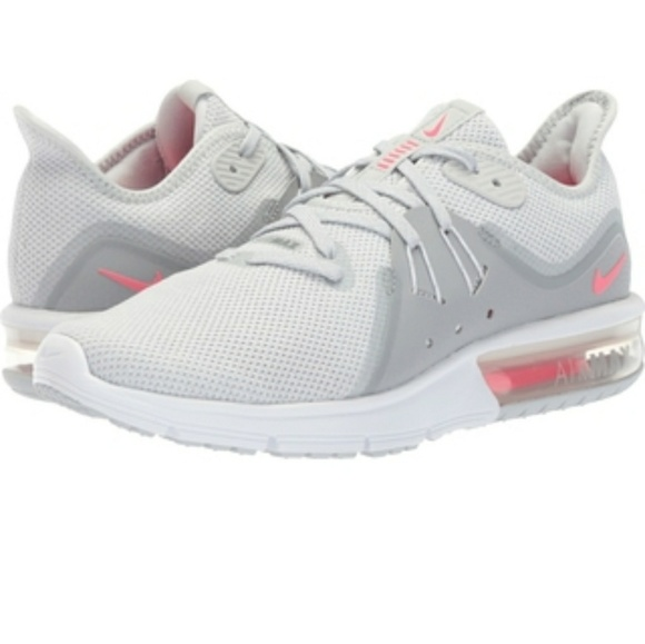 online retailer 4c363 01ee7 Nike Air Max Sequent 3. M5b3ad11c6a0bb70862a98d49